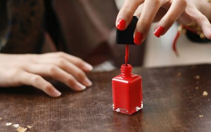 Tips for buying nail polish racks