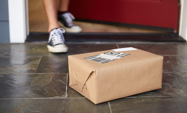 Points to consider when choosing parcel services