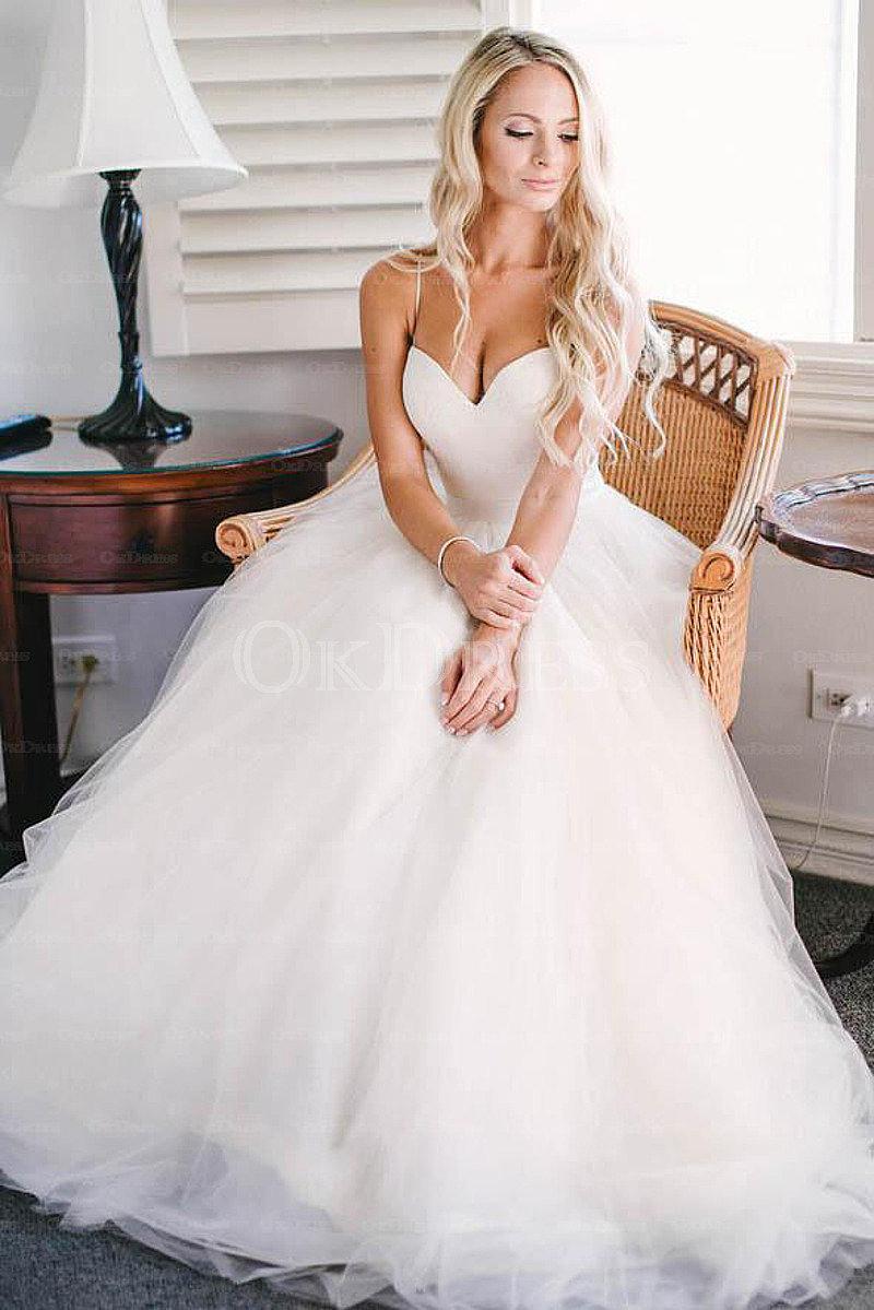 Gorgeous wedding dress for you | Louboutin Heel Shop