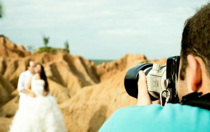 Some of the best reasons to hire professional photographers for wedding events